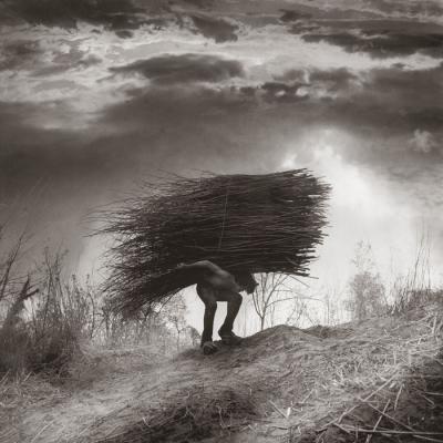 Sisifo (Sisyphus) by Roberto Kusterle